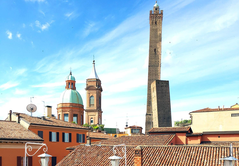 La terrazza segreta di Bologna : la guida - Italia Nascosta Travel ...
