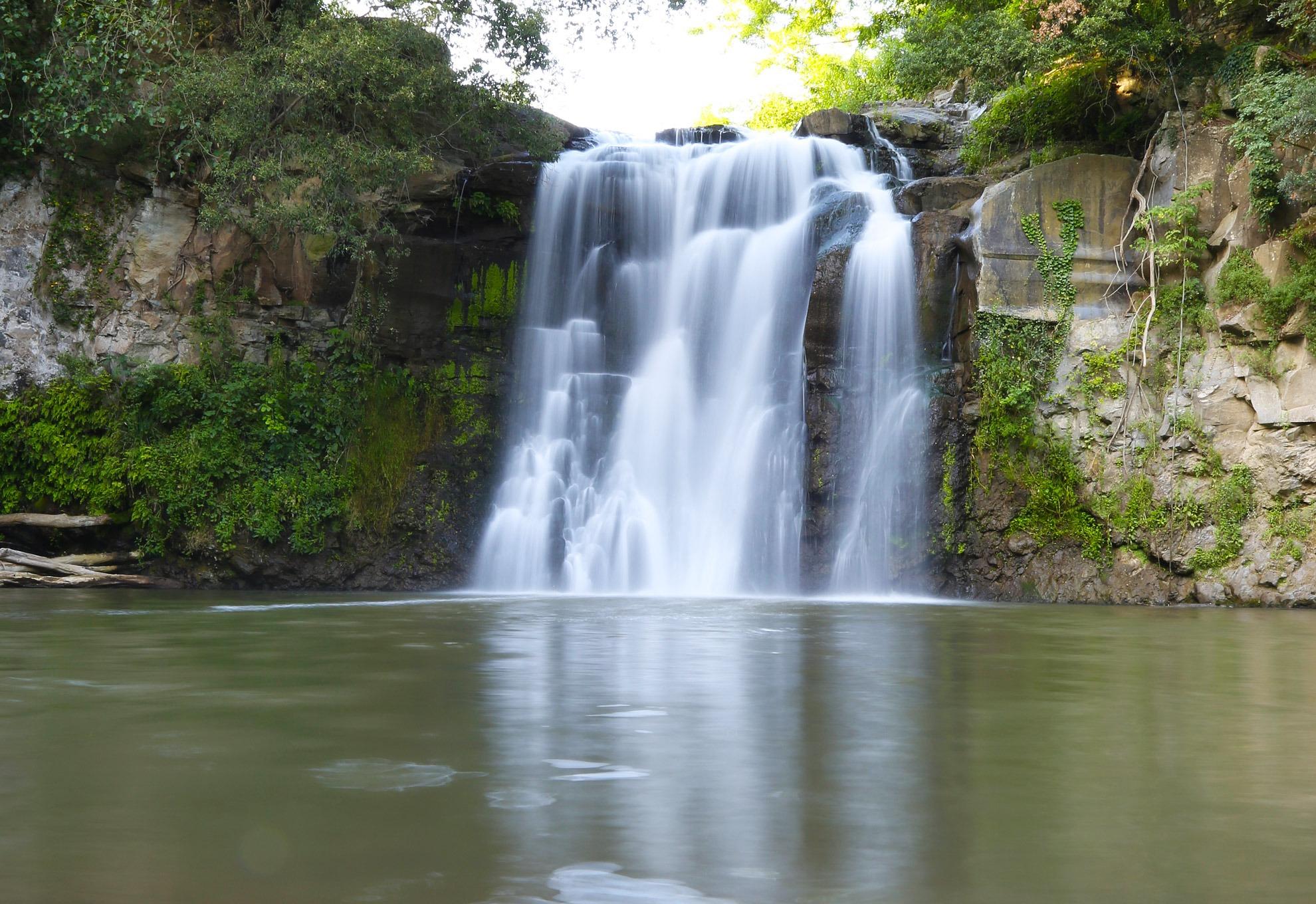 Le cascate più belle del centro italia - Italia Nascosta Travel ...