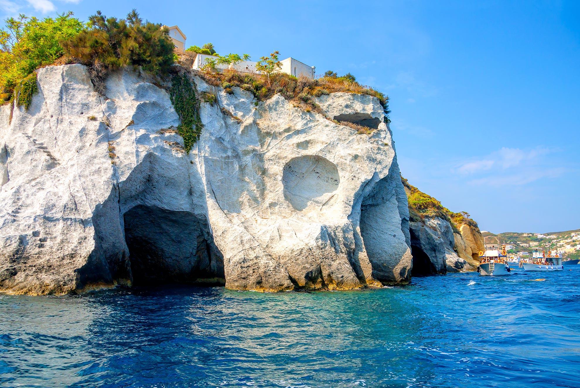 Ponza : le grotte
