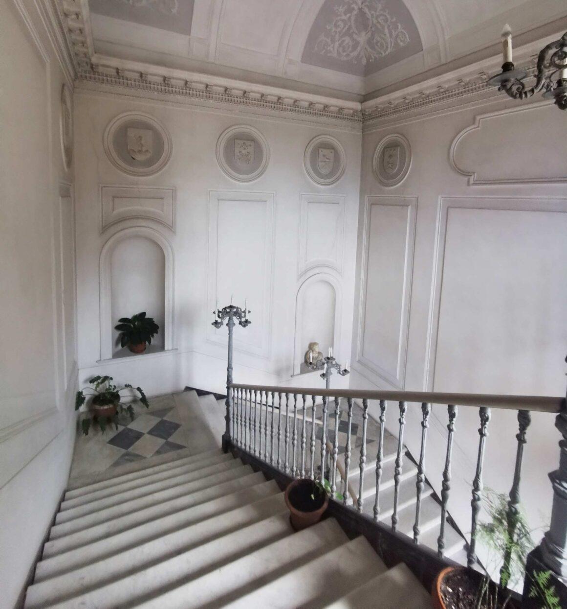Gli interni del Palazzo del Prete di Belmonte